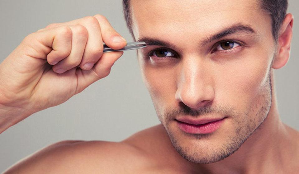 imagem de sobrancelha masculina